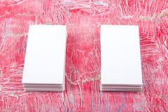 Lege adreskaartjes op de houten lijst Malplaatje voor identiteitskaart Hoogste mening Royalty-vrije Stock Fotografie