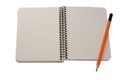 Lege blocnote en een potlood Royalty-vrije Stock Afbeelding