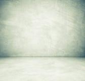 Lege cementruimte in perspectiefmening, grunge achtergrond Stock Foto