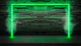 Lege donkere steenlijst met de groene fluorescente lichten van de neonlaser in rook stock foto