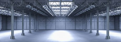 Lege fabriek met lampen Stock Fotografie