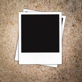 Lege fotokaders op berichtraad Stock Foto's