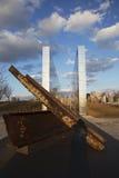 Lege Hemel: Stad 9/11 van Jersey Gedenkteken bij zonsondergang toont ijzerstraal van W T C , New Jersey, de V.S. Stock Foto's