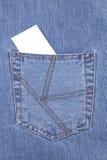 Lege kaart in jeanszak Stock Afbeeldingen