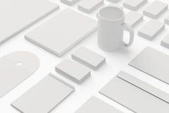 Lege Kantoorbehoeften/Collectieve die identiteitskaart-reeks op wit wordt geïsoleerd Stock Afbeeldingen