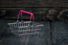 Lege Miniatuur het Winkelen Mand Stock Afbeeldingen
