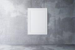Lege omlijsting op een concrete muur en een concrete vloer royalty-vrije stock afbeelding