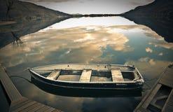 Lege oude boot royalty-vrije stock afbeeldingen