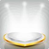 Lege plank in de vorm van een gouden hart voor tentoonstelling 3d Royalty-vrije Stock Afbeelding