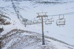 Lege skilift/Skilift voor skilooppas Stock Fotografie