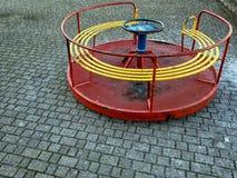 Lege speelplaats, oude rotonde Italië stock foto