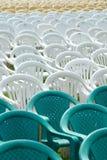 lege stoelen Stock Afbeelding