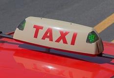 Lege taxi hoogste lamp Stock Foto