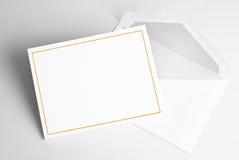 Lege uitnodigingskaart en envelop Royalty-vrije Stock Fotografie