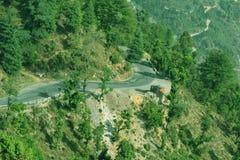 Lege weg in de Mussoorie-heuvels Stock Afbeelding