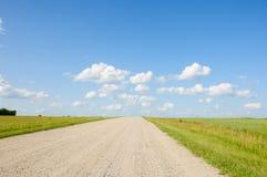 Lege weg in een platteland Stock Fotografie