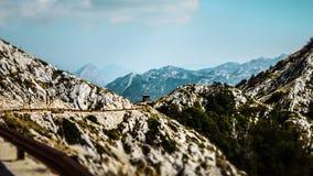Lege Weg op Sveti Jure binnen de Biokovo-Bergen in Makarska, Kroatië royalty-vrije stock foto