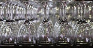 Leeg symmetrisch wijnglas Royalty-vrije Stock Foto