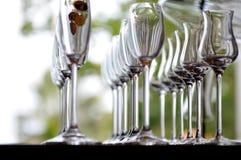 Lege zeer elegante wijnglazen Stock Foto's