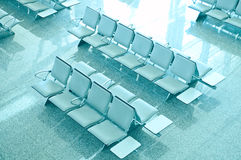 Lege zetels bij de luchthaven Royalty-vrije Stock Foto