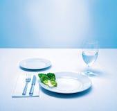 Legen Sie Einstellung, Kopfsalatblatt als Mahlzeit, Nahrung ver Stockbild