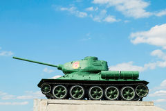 Legendário do carro de combate médio soviético T-34 da segunda guerra mundial Fotos de Stock Royalty Free