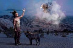 Legenda indiana americana com lobo e águia foto de stock royalty free