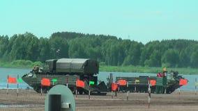 Leger spel-2017 Veilige Routewedstrijd Tyumen Rusland stock videobeelden