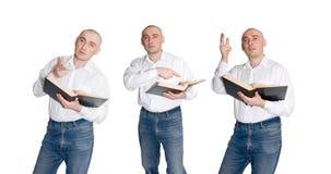 Leggendo e discuta gli uomini Immagini Stock Libere da Diritti