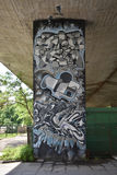 Legia华沙橄榄球俱乐部爱好者创造的有趣的街道画  库存照片