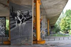 Legia华沙橄榄球俱乐部爱好者创造的有趣的街道画  免版税库存照片