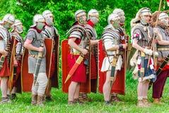 Legionários romanos no ` Roma antiga do local e em seu ` dos vizinhos ` Dos tempos e das épocas do ` do festival fotos de stock royalty free