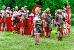 Legionários romanos no ` Roma antiga do local e em seu ` dos vizinhos ` Dos tempos e das épocas do ` do festival fotos de stock
