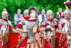Legionários romanos no ` Roma antiga do local e em seu ` dos vizinhos ` Dos tempos e das épocas do ` do festival imagens de stock royalty free
