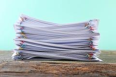 Legitimationshandlingar med paperclips Royaltyfria Foton