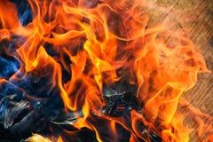 Legna da ardere bruciante della betulla Fotografie Stock