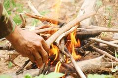 Legna da ardere messa nel fuoco immagine stock libera da diritti