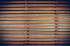 Legname grezzo, recinto a stecche di legno o fondo della parete dell'assicella, annata immagini stock libere da diritti