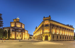 Legnanobasiliek en Stadhuis Stock Foto's
