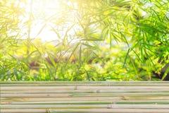 Legno di bambù per progettazione del fondo per i prodotti della natura dell'esposizione Fotografia Stock