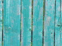 Legno dipinto blu verde blu del recinto di legno vecchio Immagini Stock