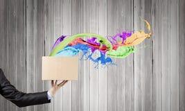 lego χεριών δημιουργικότητας έννοιας οικοδόμησης επάνω στον τοίχο Στοκ Φωτογραφία