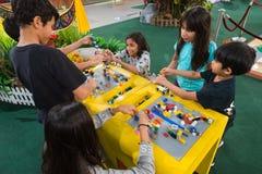 Lego befordran på paviljonggallerian, Kuala Lumpur i Malaysia Fotografering för Bildbyråer