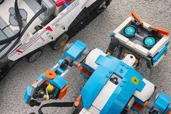 Free Lego Boost Vernie The Robot And Mindstorms EV3 Robot Royalty Free Stock Photo - 165333075