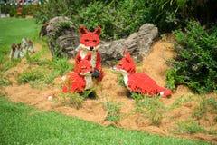 Lego das raposas vermelhas imagens de stock royalty free