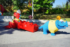 Lego Dinosaur och rino på Legoland florida Arkivfoto
