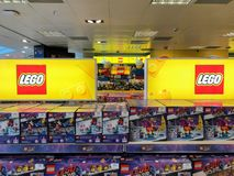 LEGO-r?knare i shoppinggallerian arkivfoton