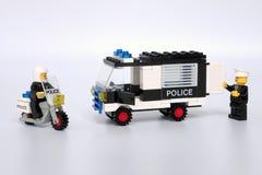 Lego Town stellte kein ein 6684, Polizei patrouillieren Gruppe stockbilder
