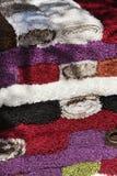 Legt Hintergrund mit Teppich aus Stockfoto