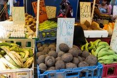 Legumes frescos e fruta Fotografia de Stock
